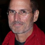 Steve Jobs response to iPhone 4 antenna issue irks users